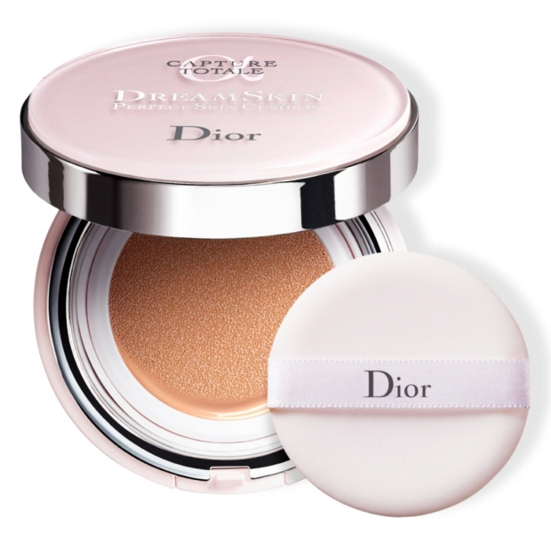 Capture Totale Dreamskin Cushion $69.900